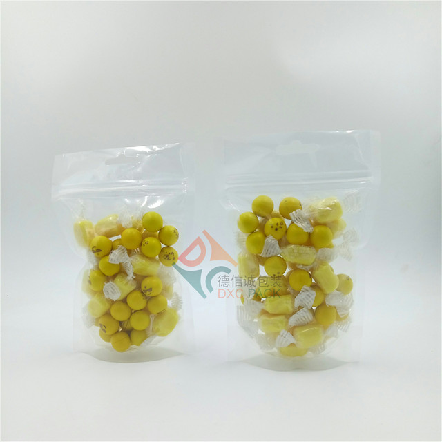 Clear stand up resealable zipper pouches and packaging bags for food